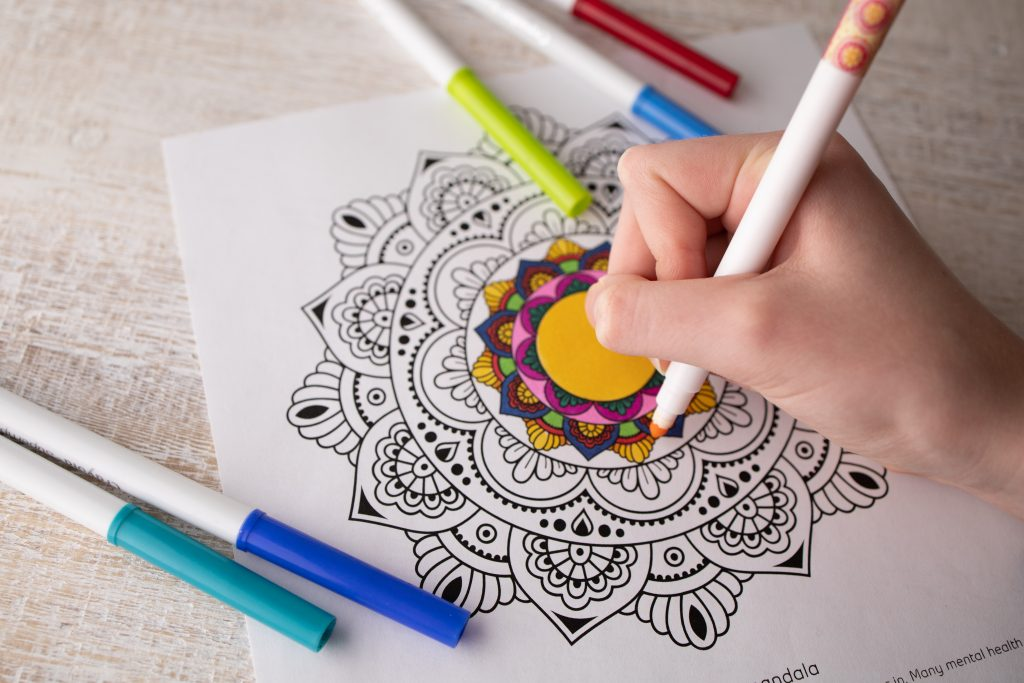 easy mandala colouring pages